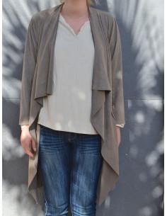 Trench coat femme court suédine col cascade ouvert imitation daim fluide taupe marron gris