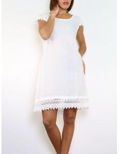 Robe blanche 100 % en LIN avec dentelle macramé coupe droite été made in italy