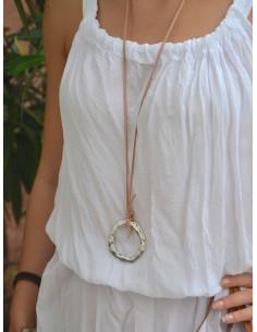 Collier suédine rose pendentif cercle martelé argent - Sautoir femme simili cuir bohème hippie chic