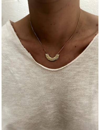 Collier plaqué or ZELI femme chaine et PENDENTIF DEMI CERCLE MARTELÉ bijoux plaqué or tendance femme