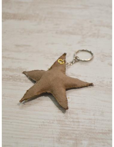 """Porte clé étoile """"STAR"""" - Suédine taupe - Création artisanale"""