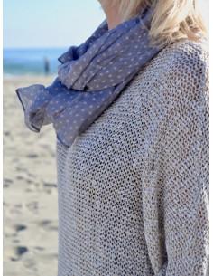 grand foulard gris pour femme écharpe fluide grise motif étoile