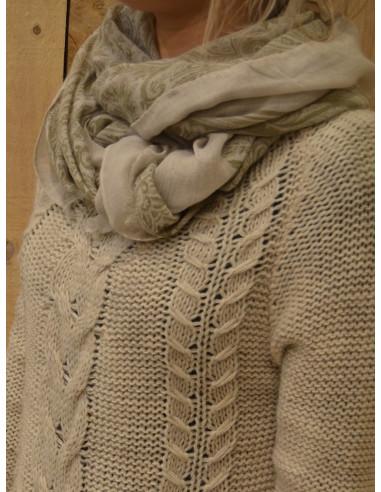 Grand foulard fluide pour femme motif cachemire vert kaki et beige écharpe fluide vaporeuse