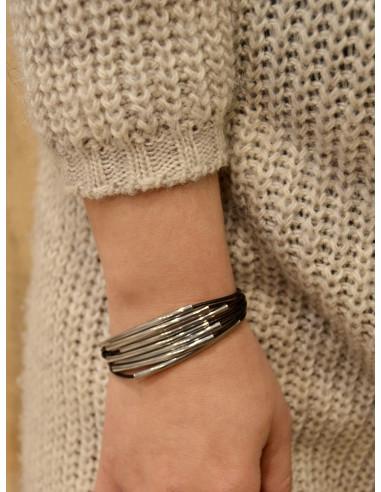 Bracelet en cuir femme plusieurs lanières avec perles couleur argent fermoir boucle rectangle en acier bracelet noir en cuir
