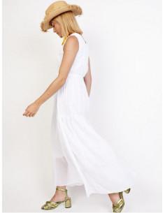 Robe longue blanche col v crochet bohème chic