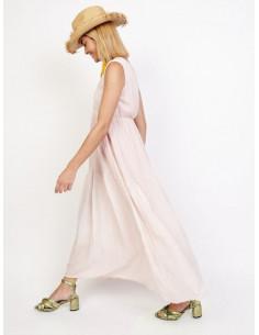 Robe longue rose pale col v crochet bohème chic