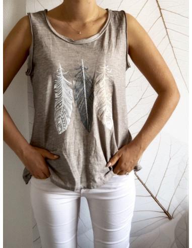 Débardeur femme bohème chic motif 3 plumes nacrées en relief t shirt TAUPE en coton made in italy sans manche
