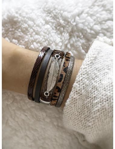 Manchette aimantée cuir nacré bracelet magnétique avec plume argenté - manchette fermeture aimant marron léopard