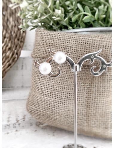 Boucle d'oreille perle blanche fantaisie - Puces perles blanches moyennes