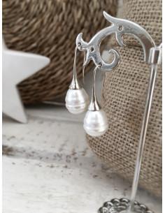 Boucles d'oreilles gouttes avec perle ciselée - Argenté